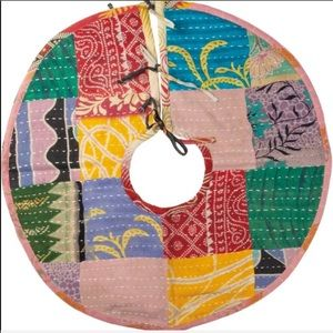 Primitives by Kathy Kantha Christmas Tree Skirt